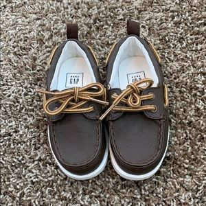 NWOT Gap Brown Boat Shoes Toddler Size 7